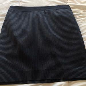 Navy pinstripe suit skirt Ann Taylor 6p